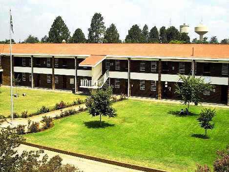 Krugersdorp High School A Block: krugersdorphighschool.synthasite.com